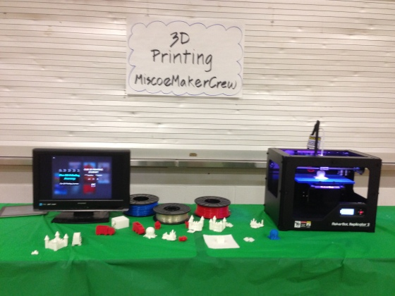 MiscoeMakercrew 3D Printing table...